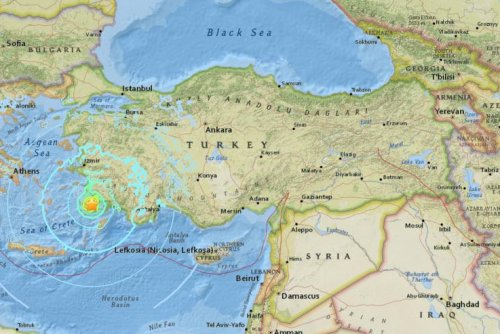 6.7-magnitude earthquake kills 2, injures more than 100 in Greece and Turkey