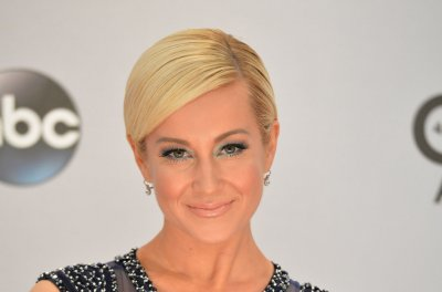 Kellie Pickler, Billy Ray Cyrus, Chelsea Handler are working on new shows for CMT