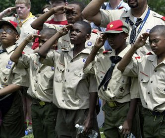 Boy Scouts president: Banning gay leaders 'cannot be sustained'