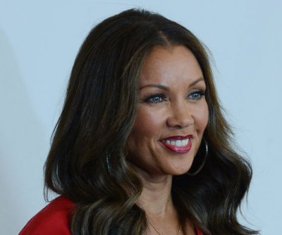 Vanessa Williams shares photo of her wedding dress