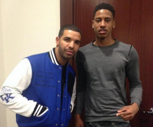 "Kentucky issues ""cease and desist"" letter to Drake, Sporting News reports"