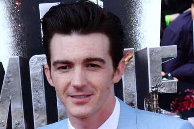 Drake Bell on not being invited to Josh Peck's wedding: 'Loyalty is key'