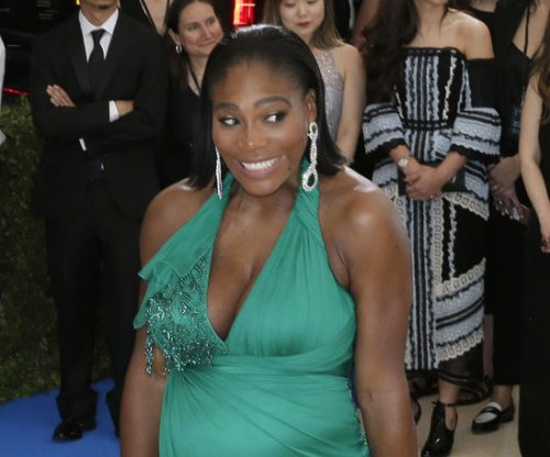 Serena Williams, daughter take private jet ahead of wedding