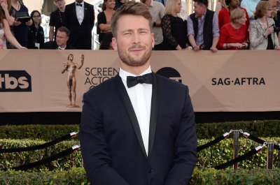 Glen Powell in talks to star in 'Top Gun: Maverick'