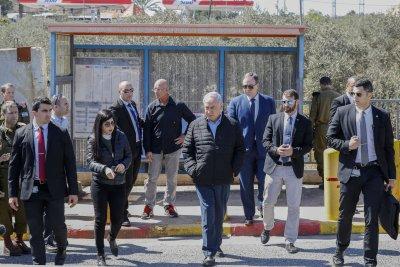 Netanyahu vows more Israeli settlements after attack kills 2