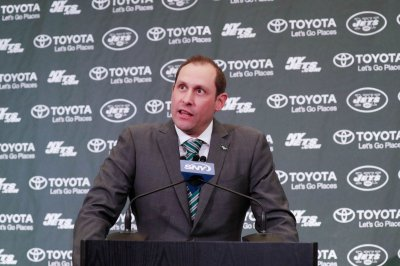 Jets coach Adam Gase denies hand in GM firing, 'excited' for Le'Veon Bell