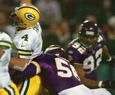 Hall of Fame NFL defensive end Chris Doleman dies at 58