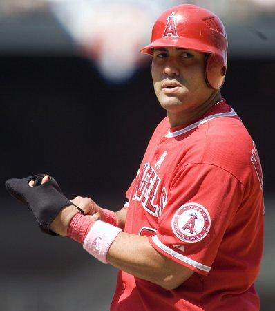 MLB: Los Angeles Angels 12, Oakland 3