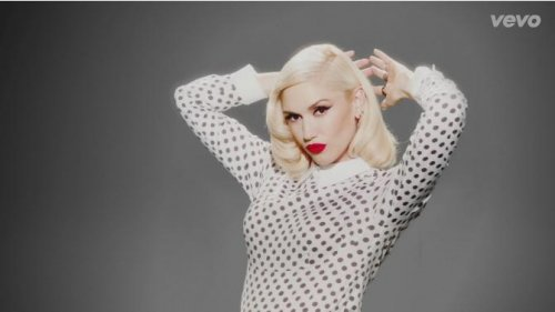 Gwen Stefani debuts music video for 'Baby Don't Lie'