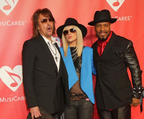 Richie Sambora denies abusing, threatening ex-girlfriend Nikki Lund