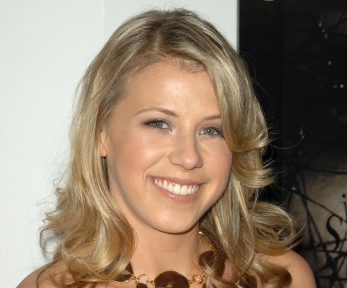 Jodie Sweetin addresses past drug abuse on 'Dancing with the Stars'