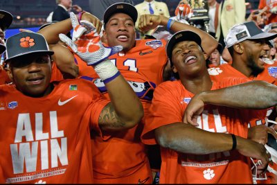 2016 Fiesta Bowl: Clemson returns to title game with 31-0 romp past Ohio State