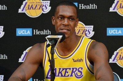 Lakers' Rajon Rondo rips into media, praises LeBron James