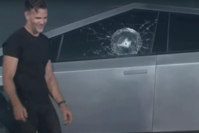 Tesla unveils futurist 'Cybertruck,' shatters 'unbreakable' glass