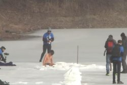 Czech diver breaks Guinness record for swimming under ice