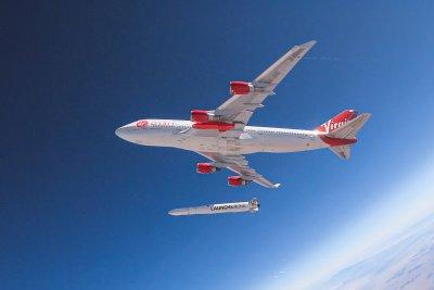 Virgin Orbit launches 7 small satellites from jumbojet