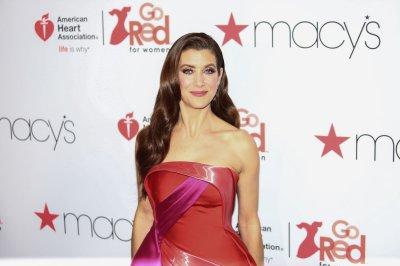 'Grey's Anatomy': Kate Walsh to reprise Addison in Season 18
