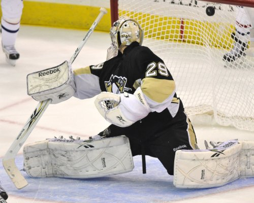 NHL: Pittsburgh 2, Montreal 1