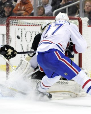 Canadiens snap Boston's winning streak
