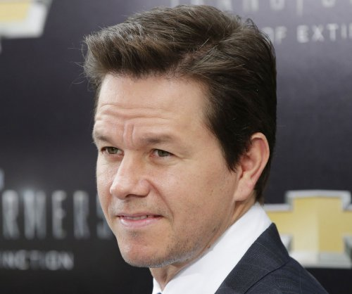 Mark Wahlberg confirmed for 'Transformers 5'