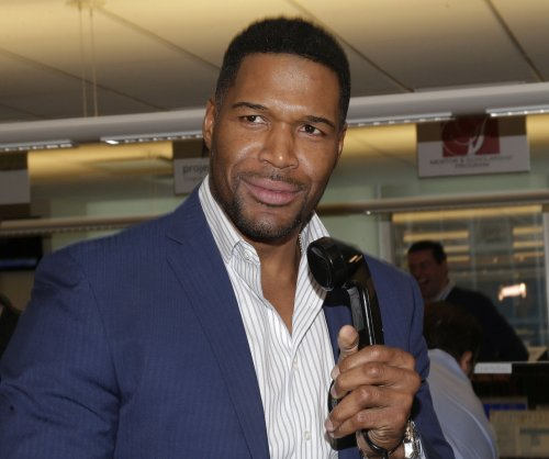 Michael Strahan bids farewell to 'Live!' after four years as co-host