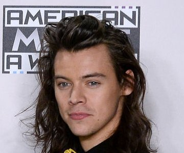 Harry Styles signs solo deal with Columbia Records