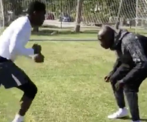 Antonio Brown training with Chad Johnson during Pittsburgh Steelers bye week