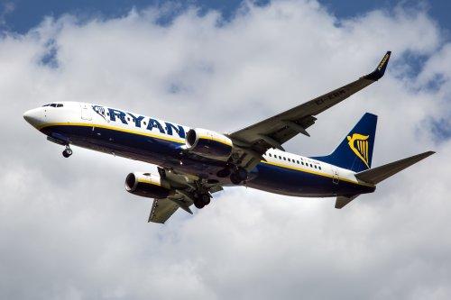 Passengers' eardrums burst as Ryanair flight loses pressure