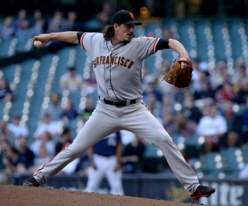 Jeff Samardzija settles in, strikes out 10 as San Francisco Giants defeat Milwaukee Brewers