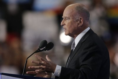 Gov. Jerry Brown calls for new DNA test in 1983 murder case