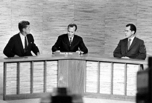 Former staffer: Nixon tried to sleep with Jacqueline Kennedy
