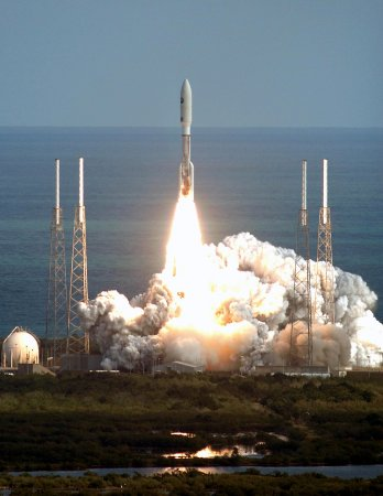 New Horizons spacecraft 365 days away from Pluto