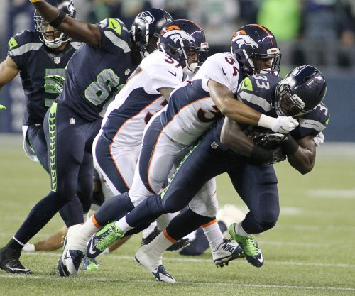 Seattle Seahawks re-sign RB Christine Michael