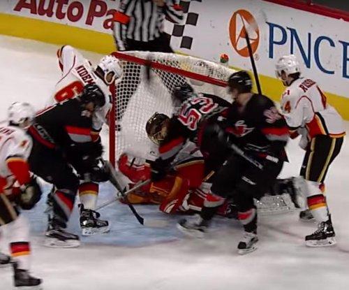 Kris Versteeg scores two to help Carolina Hurricanes douse Calgary Flames