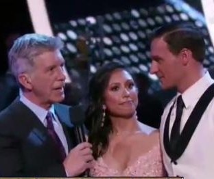 Protesters rush Ryan Lochte during 'Dancing with the Stars' debut