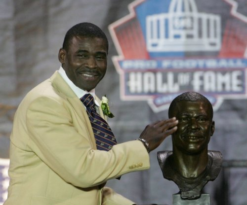 Michael Irvin doesn't expect Dallas Cowboys RB Ezekiel Elliott's suspension will be reduced