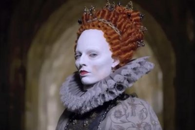 Saoirse Ronan, Margot Robbie clash in 'Mary Queen of Scots' trailer