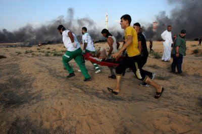 1 dead in Gaza violence as Hamas, Israel discuss ceasefire