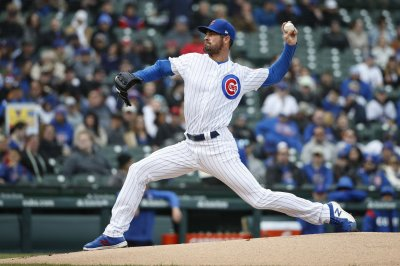 Cubs complete sweep of Marlins behind Cole Hamels gem