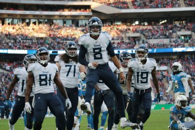 Titans teammates back Marcus Mariota as leader, 'excited for 2019'