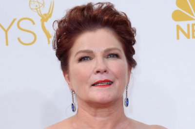 Kate Mulgrew returning to 'Star Trek' for new animated series