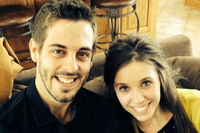 Jill Duggar hacked: Racy photos flood reality star's Facebook