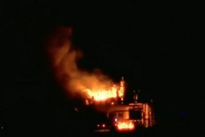 3 critical, 1 missing after Louisiana oil rig explosion