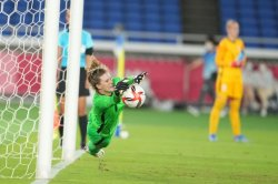 Olympics: Alyssa Naeher leads U.S. past the Netherlands in soccer quarterfinal