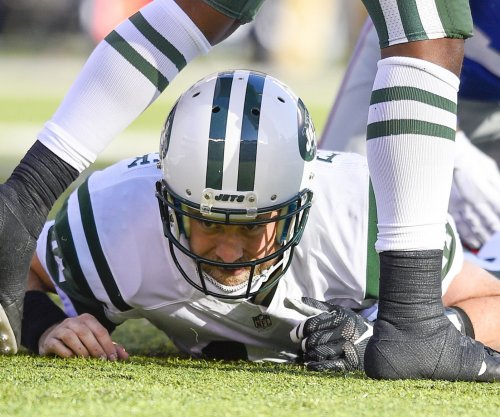Why QB Ryan Fitzpatrick isn't re-signing with the New York Jets, yet