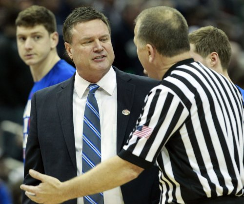 Top Big 12 spot on line as No. 5 Kansas Jayhawks visit Kansas State Wildcats