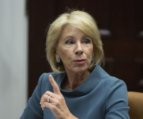 Education Dept. blocks state regulations for student loan servicers