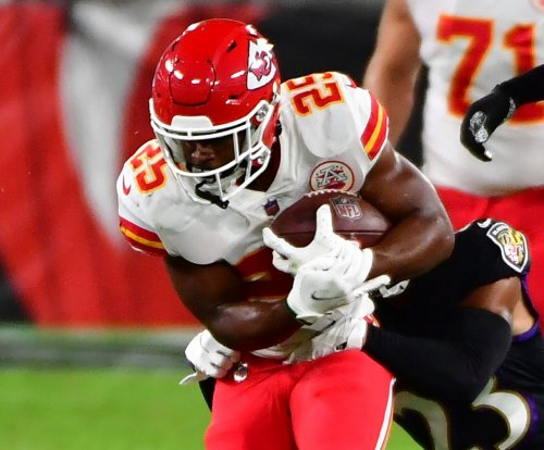 Chiefs rookie RB Clyde Edwards-Helaire runs all over Bills