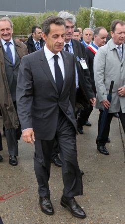 Euro leaders toil over new debt plan