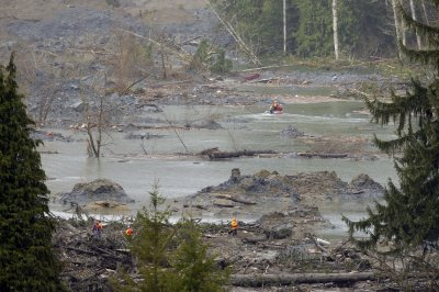 24 confirmed dead, 22 missing in Washington mudslide